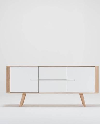 Komoda z dubového dreva Gazzda Ena, 135×42×60 cm
